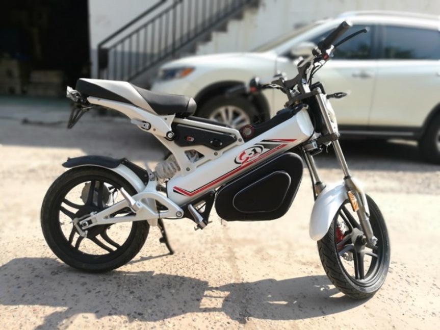 Quadix V1 – faltbares E-Moped – 100% Elektro – der Messehit